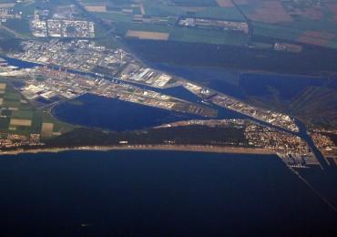 Una vista dall'alto del porto di ravenna